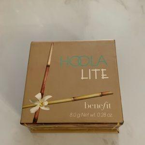 Hoola Lite Benefit Bronzer